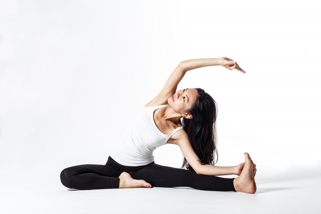 yoga wide legged side stretch pose